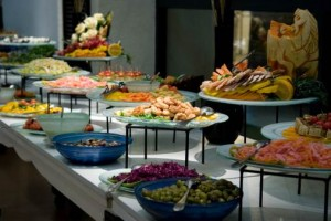 buffet-stacked-dishes